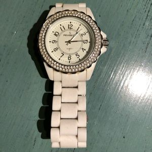 Peugeot White Ceramic Watch, beauty, needs batt